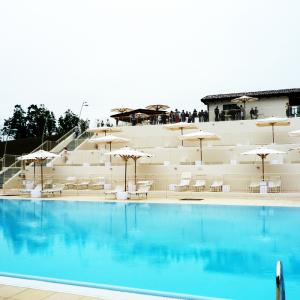 arena-sunshine-arredo-ristorante-piscina