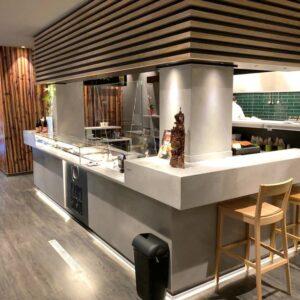 azuki-sushi-pesaro-arredo-banco-bar
