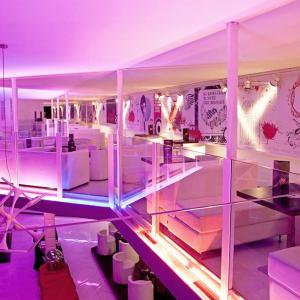 blanco-bicocktail-interior-design-club
