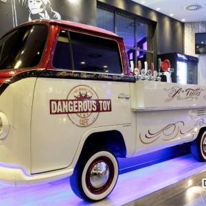 dangerous-toy-cafe-arredamento-birrerie