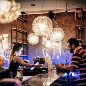 divino-cafe-arredamento-bar-pub