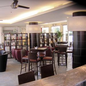 eupili-cafe-arredamento-sala-bar