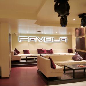 favola-arredare-sala-luxury-club
