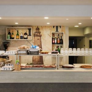 hotel-mauri-banco-buffet-colazione