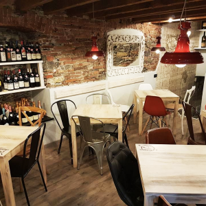 il-canneto-arredo-sala-wine-bar