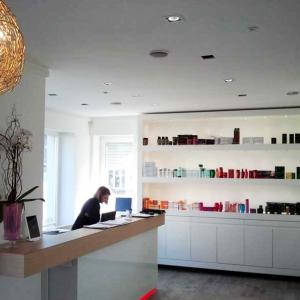paola-vision-hair-progettazione-banco-salone-di-bellezza
