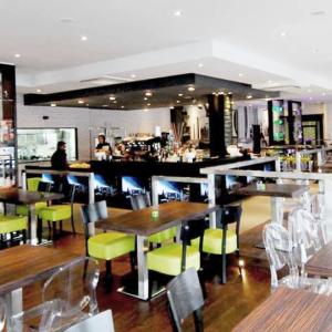 the-square-lounge-bar-progettazione-bar-grill