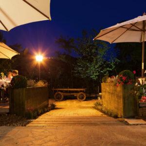 tramvia-outdoor-ristorante-stile-rustico