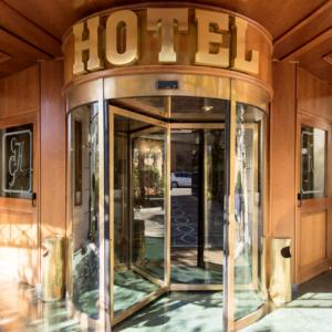 grand-hotel-del-gianicolo-progettazione-ingresso-struttura-alberghiera