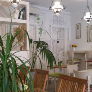 mordi-e-fuggi-interior-design-sala-wallpaper