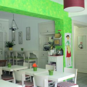 mordi-e-fuggi-interior-design-verde-logo