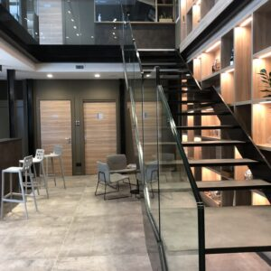 pinta-di-vino-scala-showroom-dettagli-min