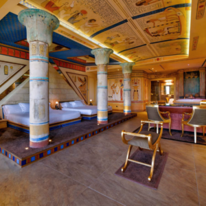 tutankhamon-room-motel-piranha-egypt
